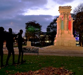 Remembrance Sunday marks First World War centenary